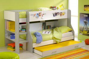 Удобная кроватка на троих