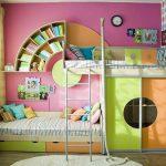 Металлическая кровать с двумя ярусами: преимущества и недостатки