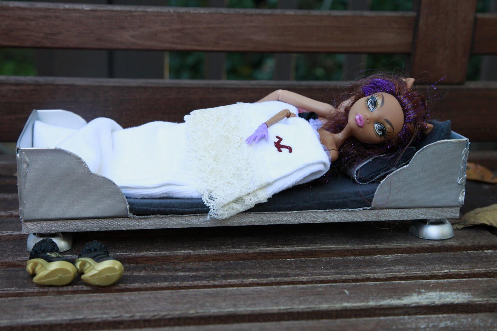 двухъярусная кроватка для кукол схема модели