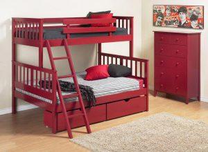 кровать и коомод