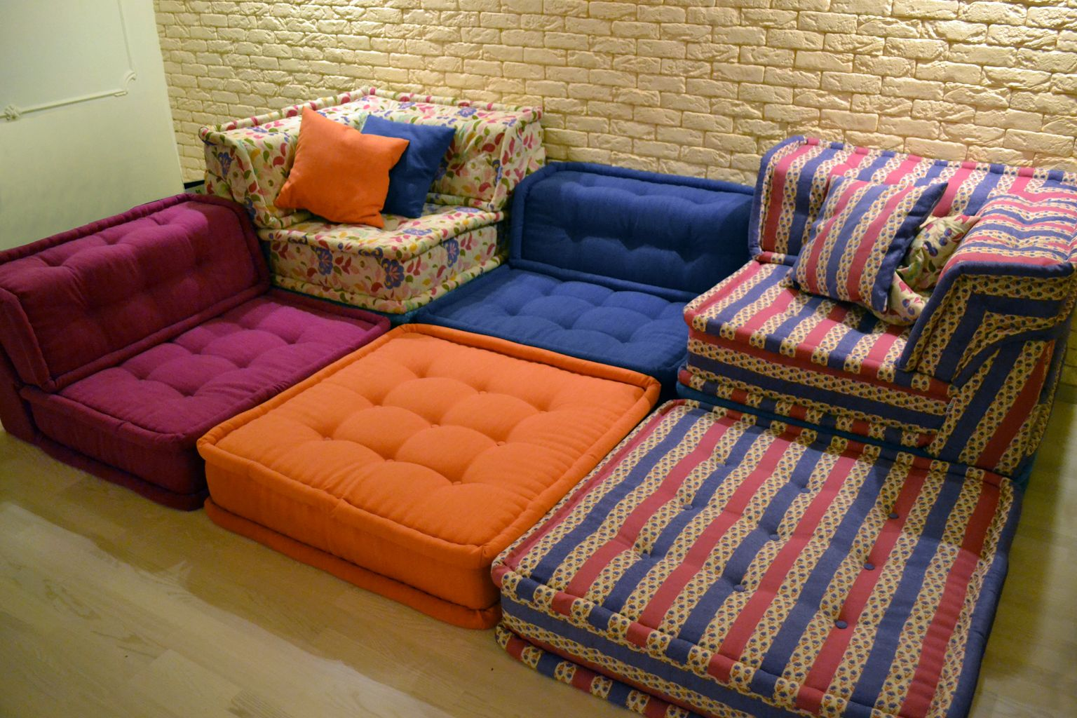 Подушки для диванов своими руками