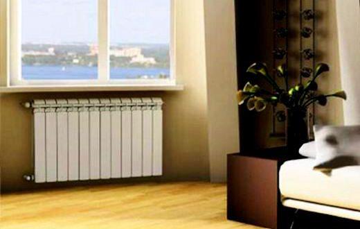 Аккуратные радиаторы в спальне