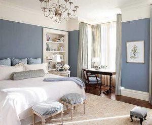 Красивый плинтус в спальне