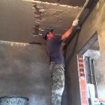 Правильное оштукатуривание потолка