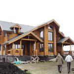 Стоит ли выбирать современные бревенчатые дома