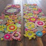 Плетем коврик своими руками: 3 способа — из ниток, косичек и помпонов
