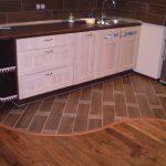 Какой пол на кухне лучше сделать?