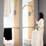 Выбираем наполнение для встроенных шкафов-купе: советы по расположению внутренних полок и вешалок