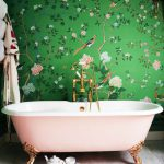 Love it! Великолепная ванная комната Poppy Delevingne