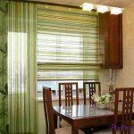 Дизайн и варианты штор на кухню с балконом: ответы на все вопросы
