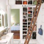 Устройство гардеробной на лоджии и балконе