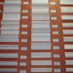 Поклейка потолочного плинтуса: на клей, шпаклевку или герметик