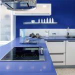 ? Дизайн интерьера синих кухонь