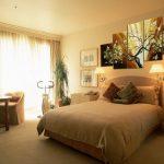 Модульные картины в интерьере различных комнат