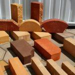 Разновидности кирпича для облицовки каминов и печей