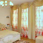 Ламбрекены в спальне – модный элемент интерьера