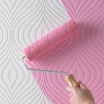 Можно ли красить виниловые обои и как это делать