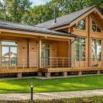 Какой дом из дерева лучше построить