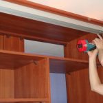 Ремонт шкафа-купе: особенности и виды поломок